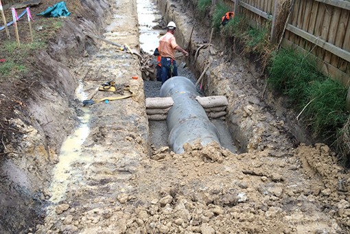Melbourne-Water-Channel-Project-Workmen